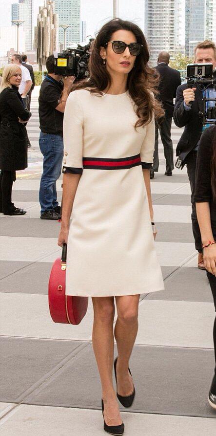 34793ee0ba A ona cała jak w białej sukience… - Eleganckie sukienki na każdą okazję - Izabela  Muther